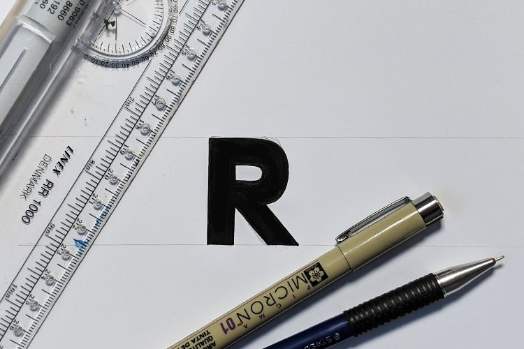 How to draw a letter R