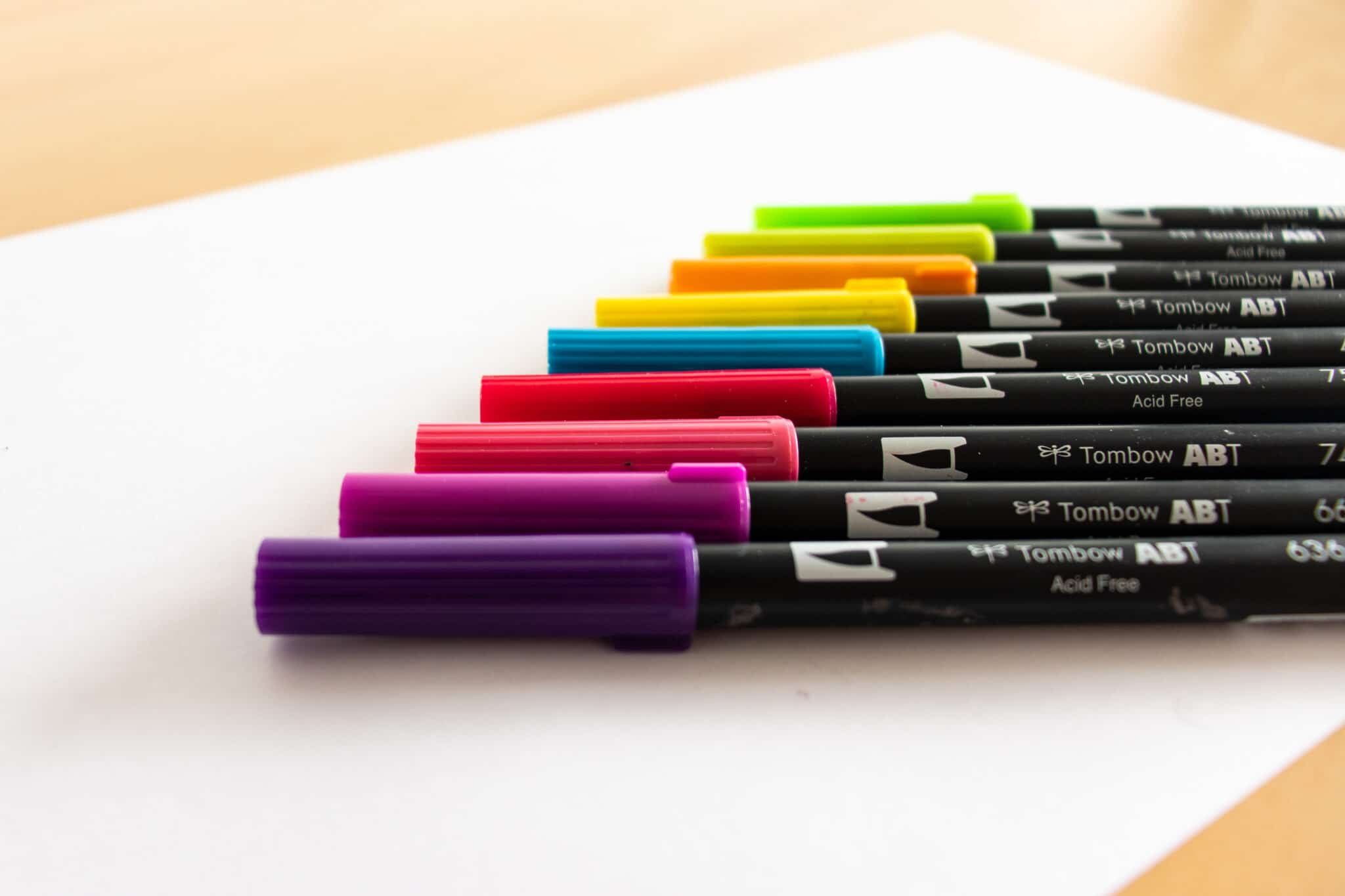 Different colors available for brush pens